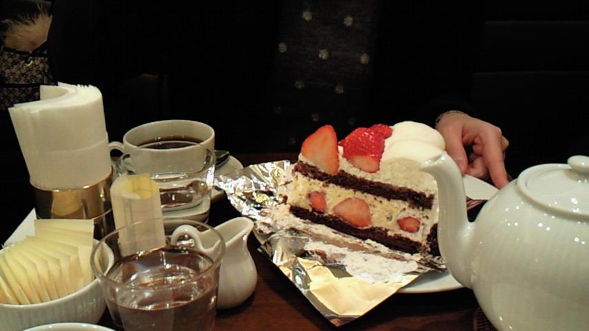 ケーキを食べれば